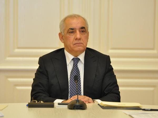 """Əli Əsədov: """"Görülən işlərin nəticəsində vergi bazası genişlənməkdədir"""""""