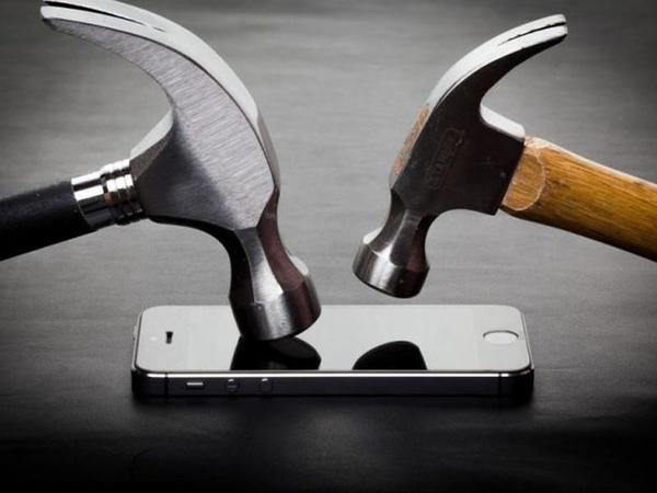Smartfonlar üçün möhkəm almaz şüşə yaradılıb