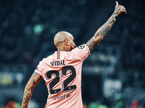 "Vidal ""Barselona""da qalır"