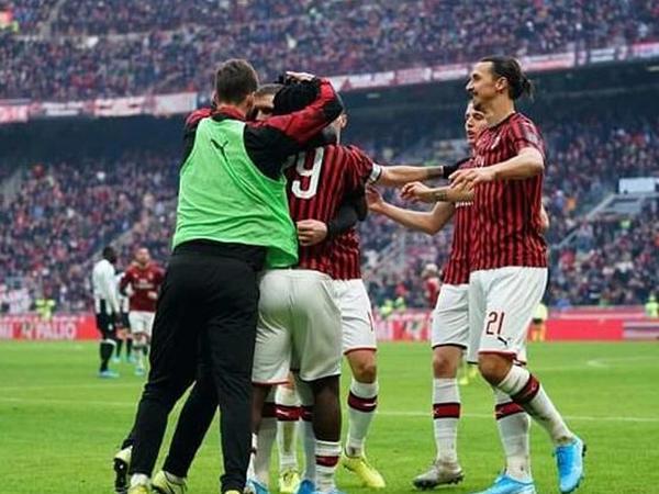 """""""Milan""""dan əzmkar qələbə"""