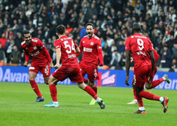 "&quot;Beşiktaş&quot; &quot;Sivasspor&quot;a uduzdu - <span class=""color_red"">VİDEO - FOTO</span>"
