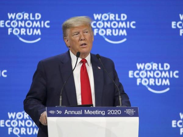 Donald Tramp Dünya İqtisadi Forumunda açılış nitqini söyləyib
