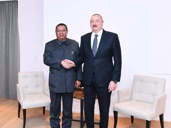 Davosda Prezident İlham Əliyev ilə OPEC-in baş katibi Məhəmməd Barkindonun görüşü olub - FOTO
