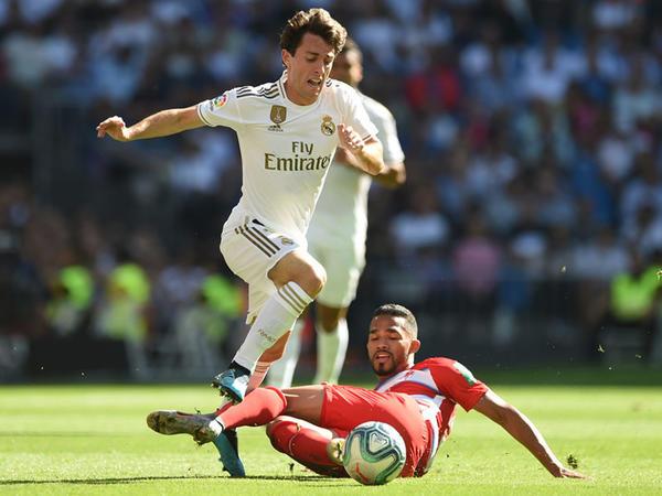 "&quot;Bavariya&quot; &quot;Real&quot;ın futbolçusunu transfer etdi - <span class=""color_red"">FOTO</span>"