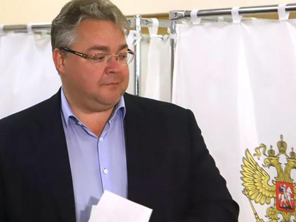 Stavropol diyarının qubernatoru yol qəzasına düşüb