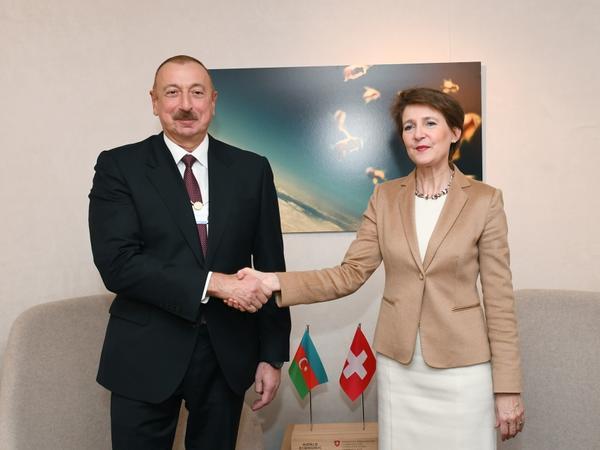 Prezident İlham Əliyevin Davosda İsveçrə Prezidenti Simonetta Sommaruqa ilə görüşü olub - VİDEO - FOTO