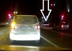 """Bakıda ölümə gedən iki avtoş sürücü: <span class=""""color_red"""">ŞOK HADİSƏ - VİDEO</span>"""