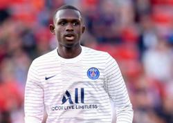 17 yaşlı futbolçu PSG-nin tarixinə keçdi