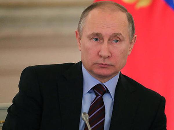 Putin özünə iki yeni köməkçi təyin etdi