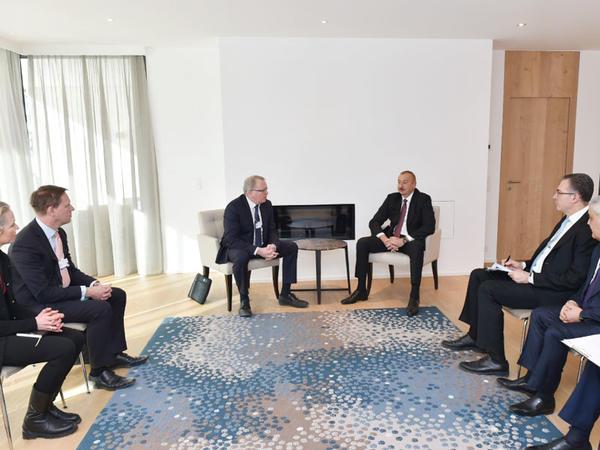 """Prezident İlham Əliyev Davosda """"Equinor"""" şirkətinin baş icraçı direktoru ilə görüşüb - FOTO"""