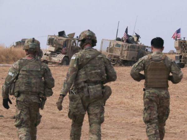"""Amerika hərbçiləri Suriyada Rusiya generalını tutdu - <span class=""""color_red"""">FOTO</span>"""