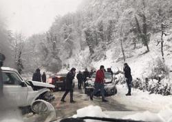 Güclü qar Gürcüstanda ciddi problemlər yaradıb - FOTO