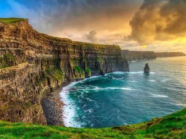 İrlandiyada çətin şəraitdə yaşamağı bacaran işçilər axtarılır