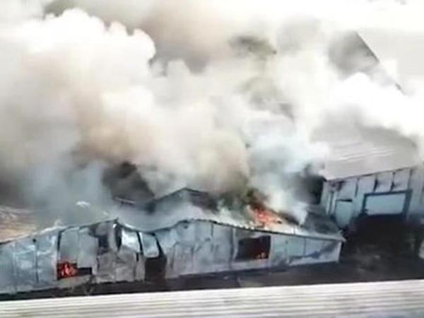 Rusiyanın bazarında güclü yanğın oldu - VİDEO