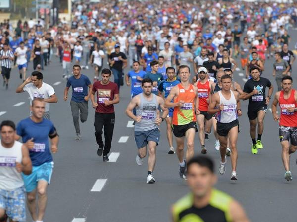 Marafon yarışlarında idmançılar niyə məhz 42 min 195 metr qaçırlar?