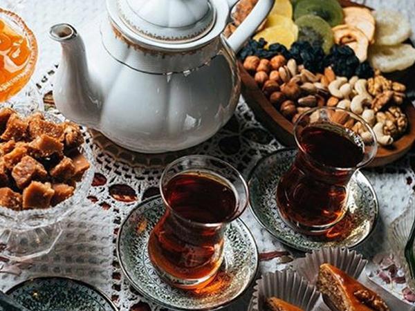 """Çayın qatqısız olduğunu necə anlaya bilərik? <span class=""""color_red"""">TÖVSİYƏLƏR</span>"""