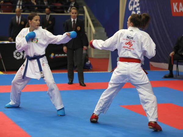 İrina Zaretska Premyer Liqa turnirinin finalına yüksəlib