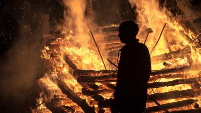 Maştağada qəddar cinayət: arvadını yandıran, əyyaşlıq edən Xudabaxışovun işi