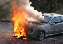 """Qaradağda """"Mercedes"""" yandı"""