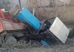 """Zərdabda traktor qəzaya uğradı, <span class=""""color_red"""">kənd qazsız qaldı - FOTO</span>"""