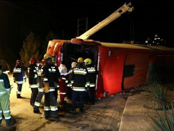 """İranda avtobus aşdı: <span class=""""color_red"""">ölən və yaralananlar var</span>"""
