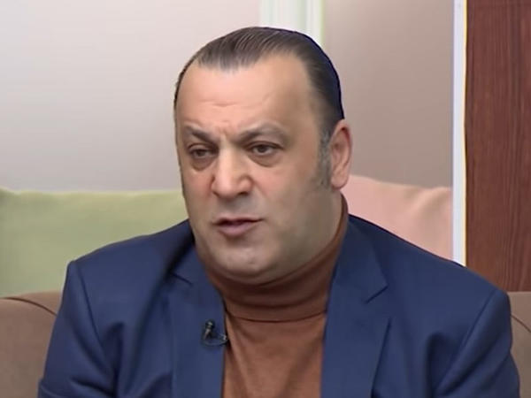 """""""Üç fərqli qadını sevmişəm"""" - <span class=""""color_red"""">Nazim Pişyari - VİDEO  </span>"""
