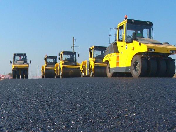 Ötən il Azərbaycanda 1300 km-dən artıq yol çəkilib