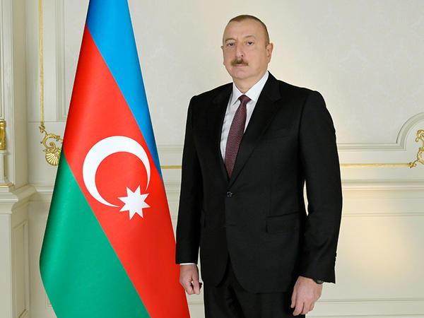 Prezident İlham Əliyev Zelenskiyə başsağlığı verdi