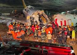 """İstanbulda təyyarənin 30 metrdən aşağı düşdüyü qəzanın <span class=""""color_red"""">ANBAAN VİDEOsu</span>"""