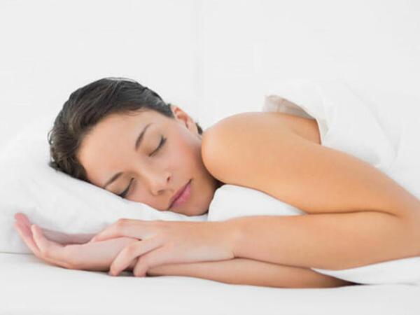 Çılpaq yatmağın inanılmaz FAYDALARI