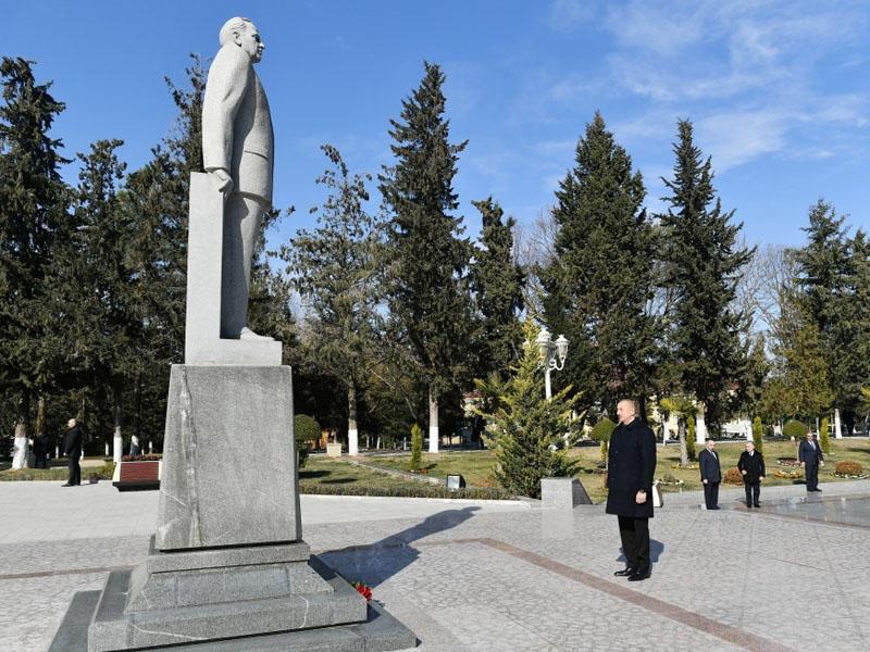 Azərbaycan Prezidenti İlham Əliyev Kürdəmir rayonuna səfərə gəlib - FOTO