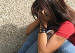 """Ailə şikayət etdi: 13 yaşlı qıza təcavüz olunub - <span class=""""color_red"""">Bakıda şok olay</span>"""