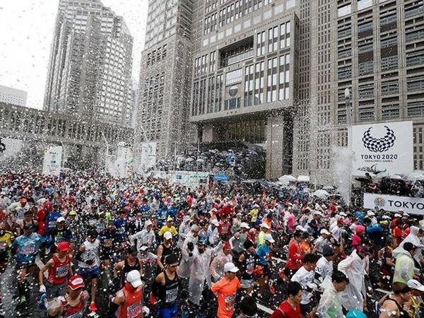 Tokio marafonunun təşkilatçıları Çin idmançılarını yarışda iştirakdan imtina etməyə çağırıblar
