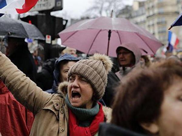 Fransada mövsümi işçilər işsizlikdən sığorta islahatına qarşı çıxdılar