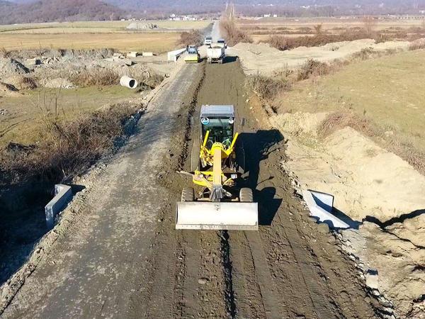 Balakəndə yeni kəndlərarası yolun yenidən qurulmasına start verilib - FOTO