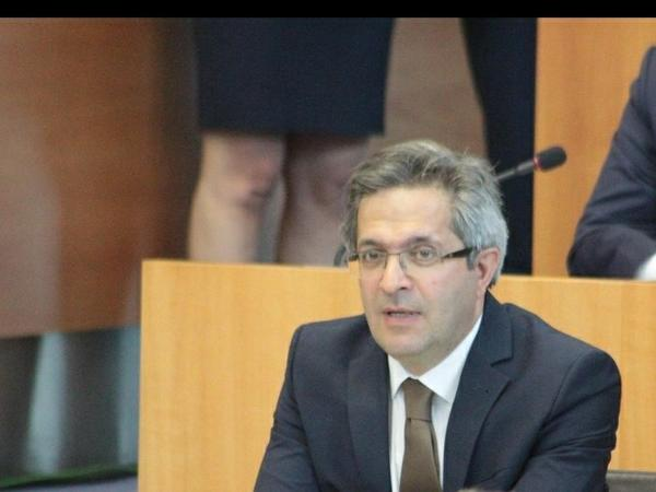 """Belçikalı deputat: """"Münhen görüşü bir daha sübut etdi ki, Ermənistan işğal etdiyi torpaqlardan çıxmalıdır"""""""