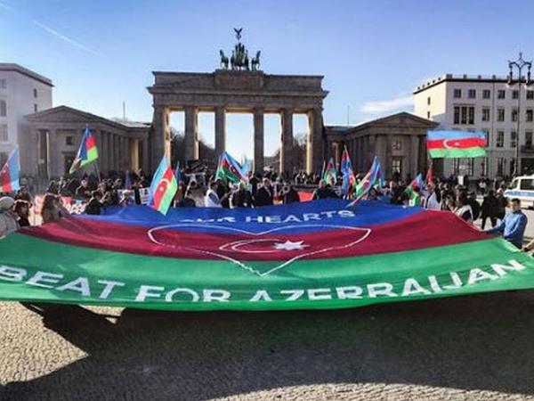 Almaniyada Ümumavropa Qarabağ mitinqi keçiriləcək - VIDEO