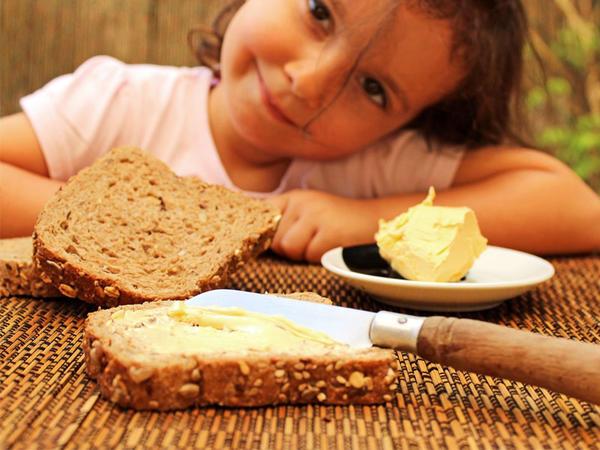 Kifayət qədər yağ yeməyən uşaqlarda hansı problemlər yaranır?