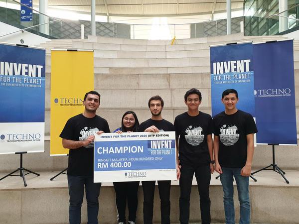 Bakı Ali Neft Məktəbinin tələbələri Malayziyada qlobal innovasiya yarışmasının qalibi oldu - FOTO