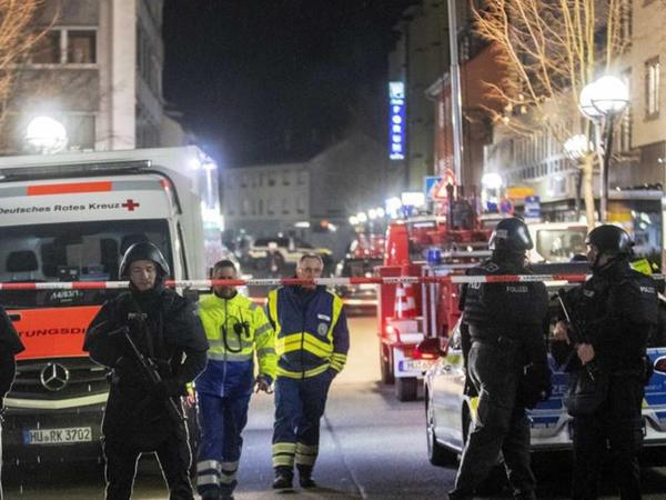 Almaniyada silahlı hücum - 11 ölü