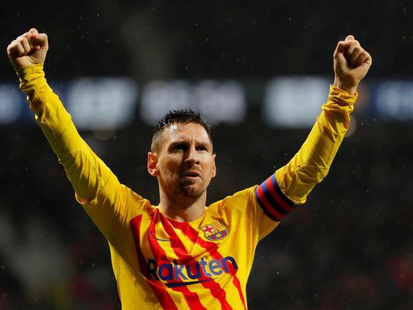 """&quot;Ayrılmağı heç vaxt düşünmədim, indi də fikirləşmirəm&quot; - <span class=""""color_red"""">Messi</span>"""