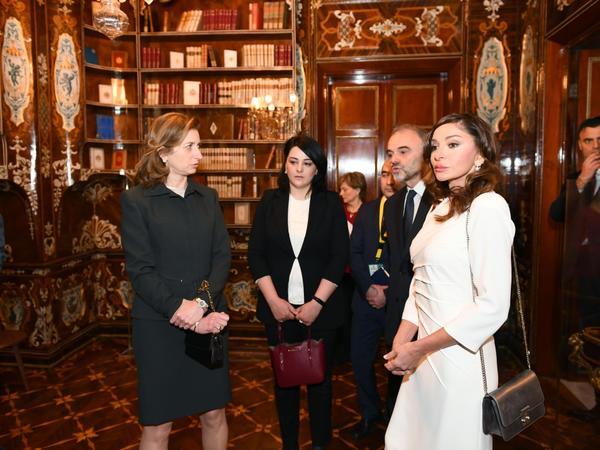 Azərbaycanın birinci xanımı Mehriban Əliyeva İtaliyanın Kuirinale Sarayı ilə tanış olub - FOTO