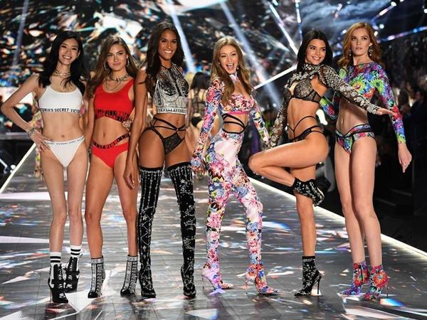 """""""Victorias Secret"""" 1,1 milyarda satıldı"""