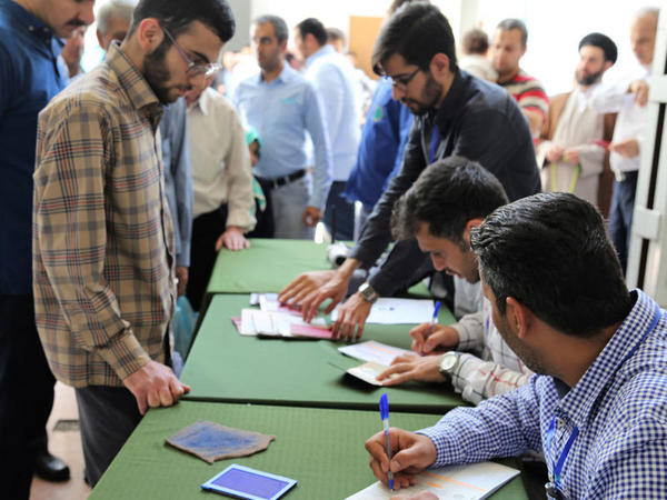 İranda parlament seçkiləri keçirilir
