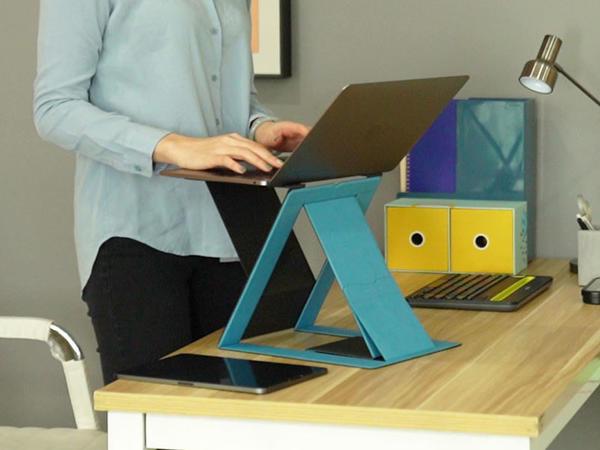 Dünyanın ilk qatlanan ayaqlı masası MOFT Z