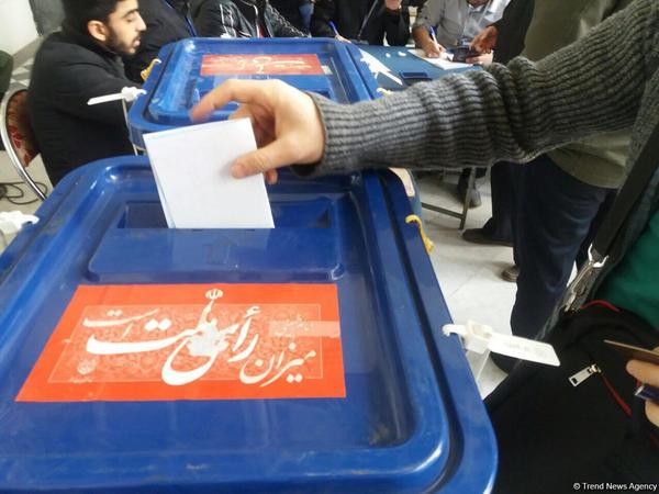 İranda səsvermənin müddəti uzadılıb