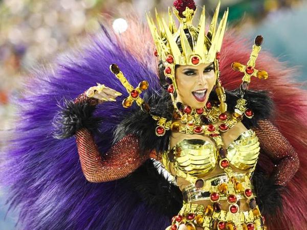 Dünyanın ən məşhur karnavalı başlandı - VİDEO - FOTO