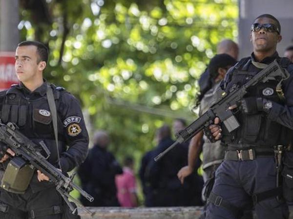 Braziliyada polislərin etiraz aksiyaları davam edir