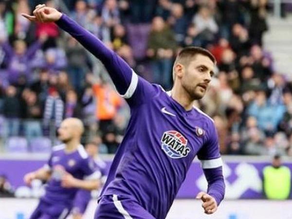 """Nazarov 90 dəqiqə oynadı, """"Aue"""" 1 xalla razılaşdı"""