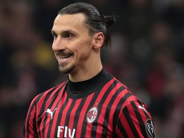 """İbrahimoviç növbəti mövsüm """"Milan""""da qalacaq?"""